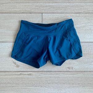 """🍋 Lululemon Spped Up 4"""" shorts (size 4) 🍋"""